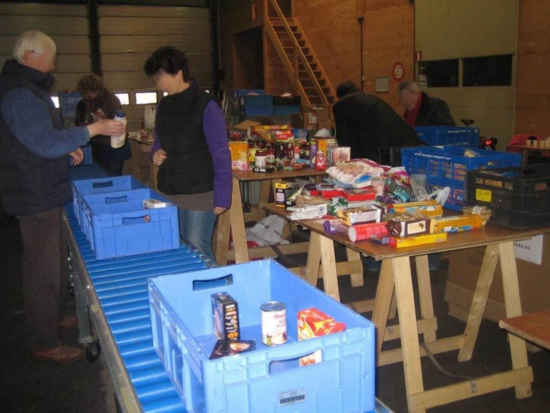 Coördineer voedseloverschotten voor voedselbanken