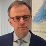 Burgemeester Van der Kamp is ziek, Inge Nieuwenhuizen vervangt hem