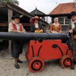 Kanonnen in Nieuwerbrug herinneren aan Rampjaar