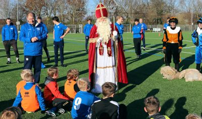 Sint bezoekt Rohda-jeugd