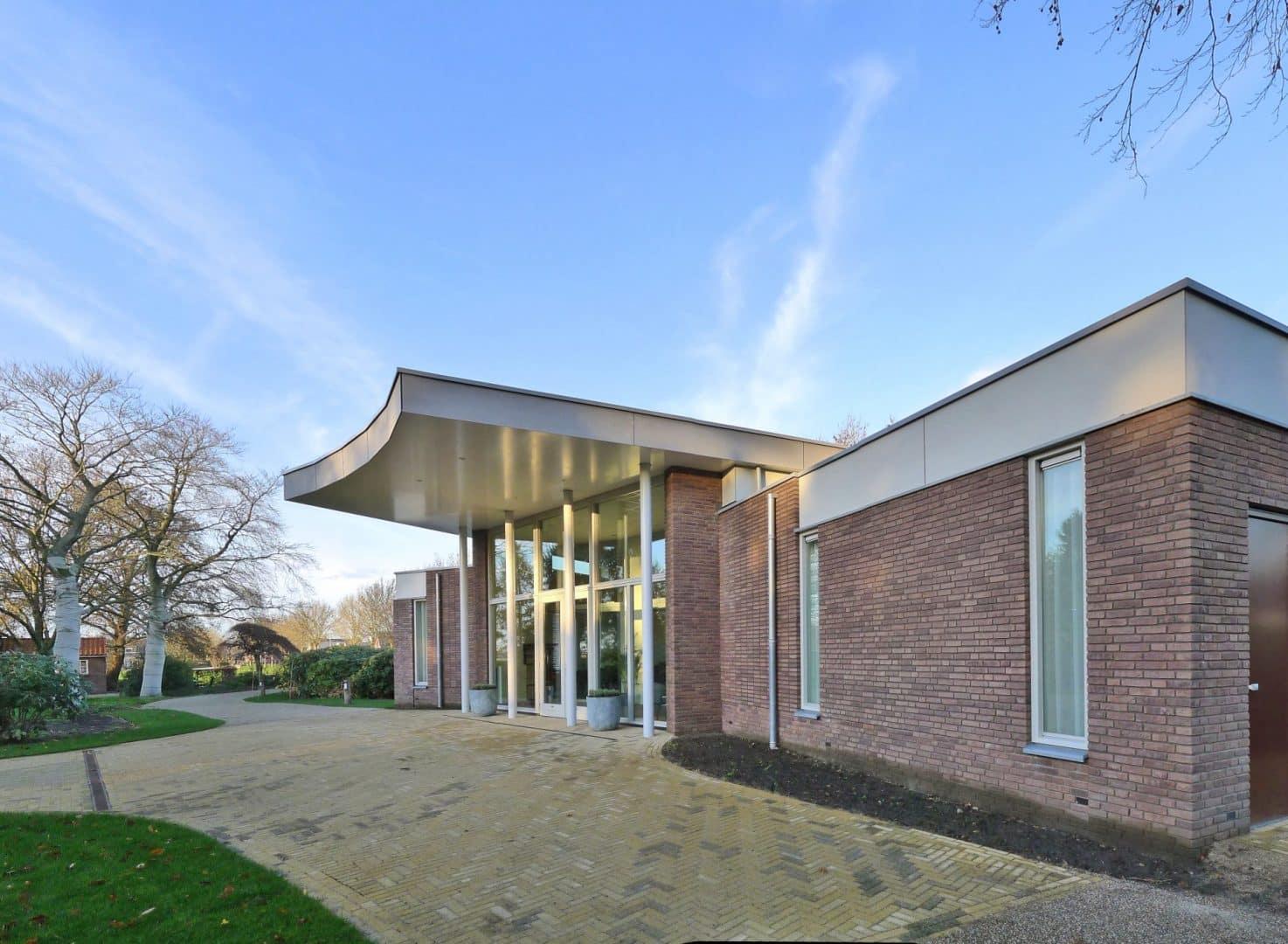 Nieuwe aula begraafplaats Tempel gereed