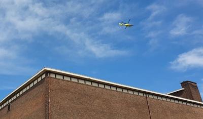 Traumahelicopter en ambulances naar zwembad De Kuil