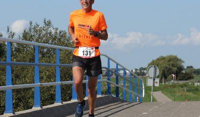 Jan Boot in de categorie 45+ naar brons in Almere tijdens WK triatlon